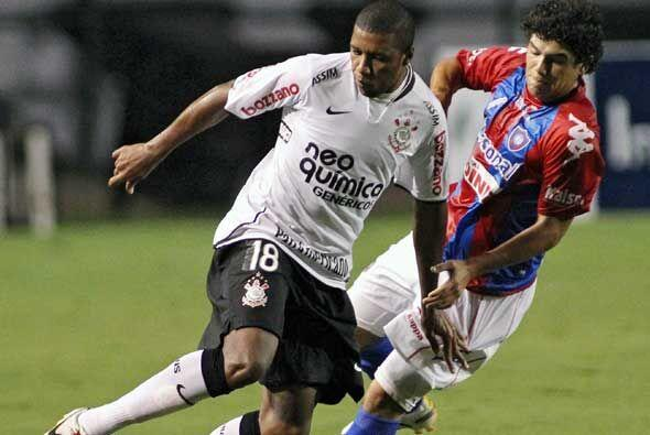 En partido del Grupo 1 de la Copa Libertadores, disputado en el Pacaemb&...