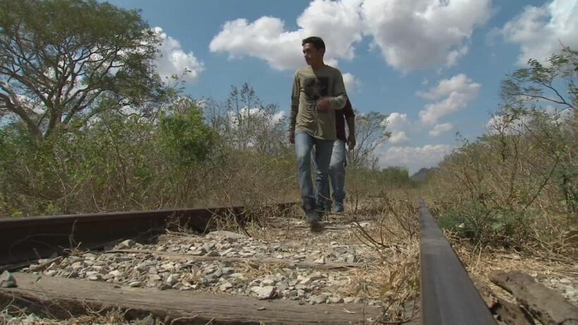 En febrero, Andrés Castro salió a pie de San Pedro Sula, Honduras tras e...