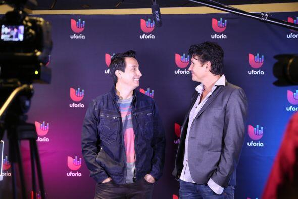 Saúl Hernández con Ysaac Alvarez