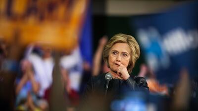 Mayo puede ser un mes complicado para Hillary Clinton.