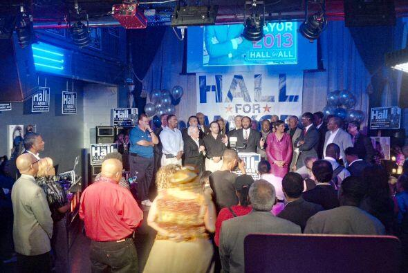 Todo indica que la alcaldesa Annise Parker fue reelegida a un tercer tér...