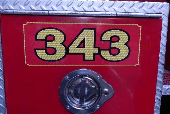 Carro bombero recuerda a sus caídos el 9/11 7425f4ebf40e4df9a179561b9fc9...