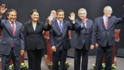Los principales candidatos presidenciales de Perú sostuvieron su segundo...