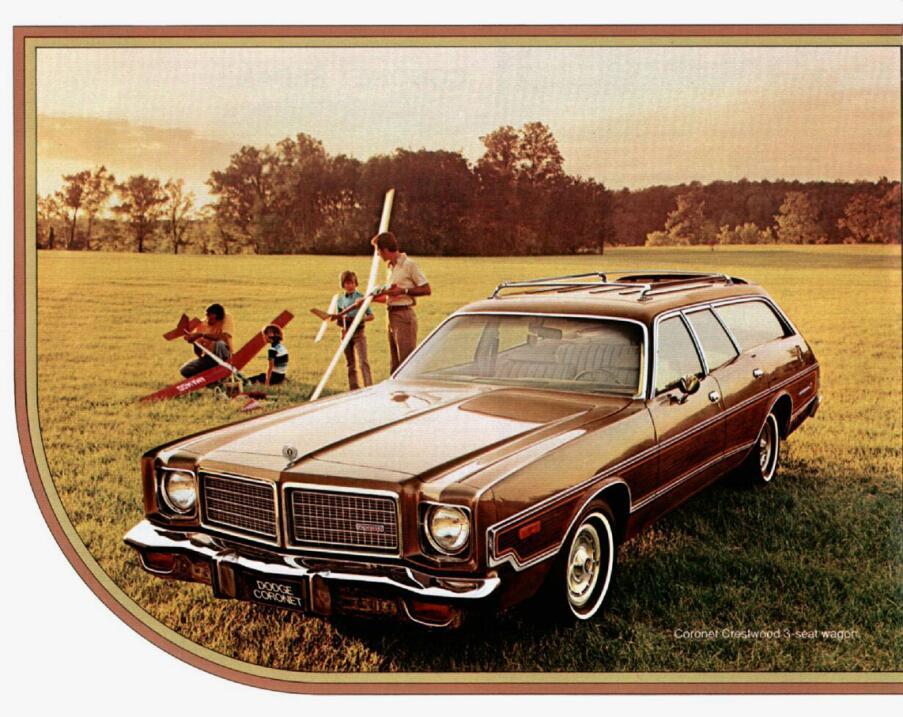 Dodge Coronet Crestwood Wagon 1975