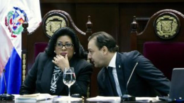 La presidenta de la Asamblea Nacional Revisora, Cristina Lizardo, escuch...