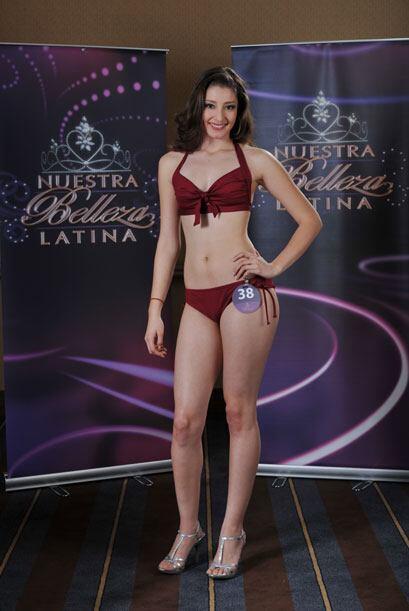 Mariana Cerda tiene 18 años, es estudiante y originaria de México. Ella...