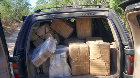 Autoridades fronterizas incautaron más de 1,000 libras de marihua...