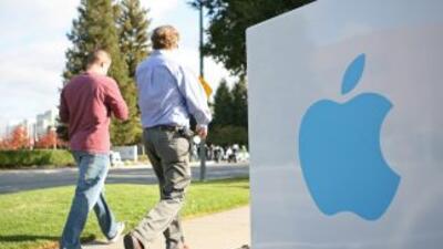 Los títulos de Apple se estrenan en el Dow Jones de Industriales.