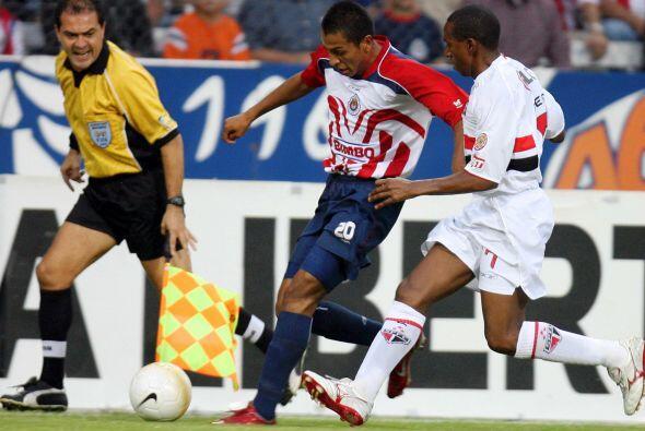 Los goles del triunfo mexicano fueron obra de Sergio Santana y Diego Mar...