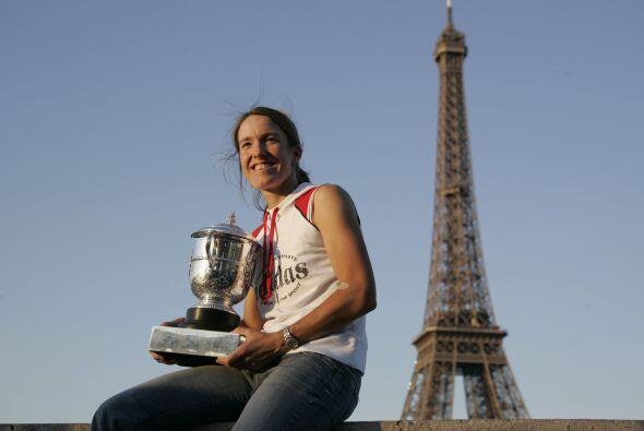 Con 4 títulos, está Justine Henin. La belga se adjudicó el torneo parisi...