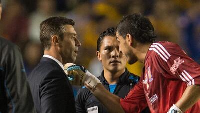 Nahuel Guzmán pierde la cabeza e insulta a Caixinha