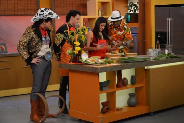 ¡Qué rico! El Chef Carlos abrió el apetito de todos en el estudio.