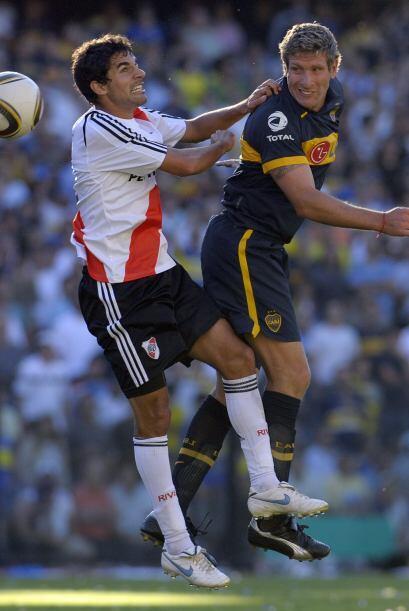 En total Boca y River jugaron 325 partidos incluyendo los de la é...