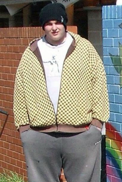 Jake pesaba 322 libras y ahora tiene un increible peso de 224 libras.