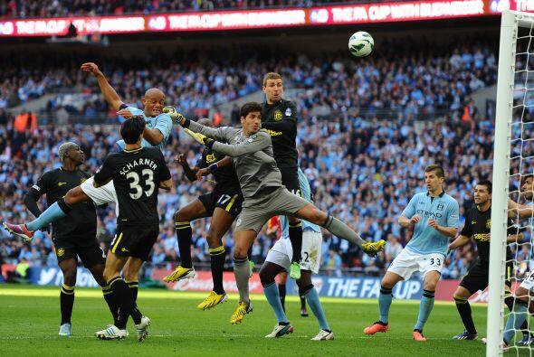 El partido, jugado en Wembley fue muy intenso, con el Manchester City do...