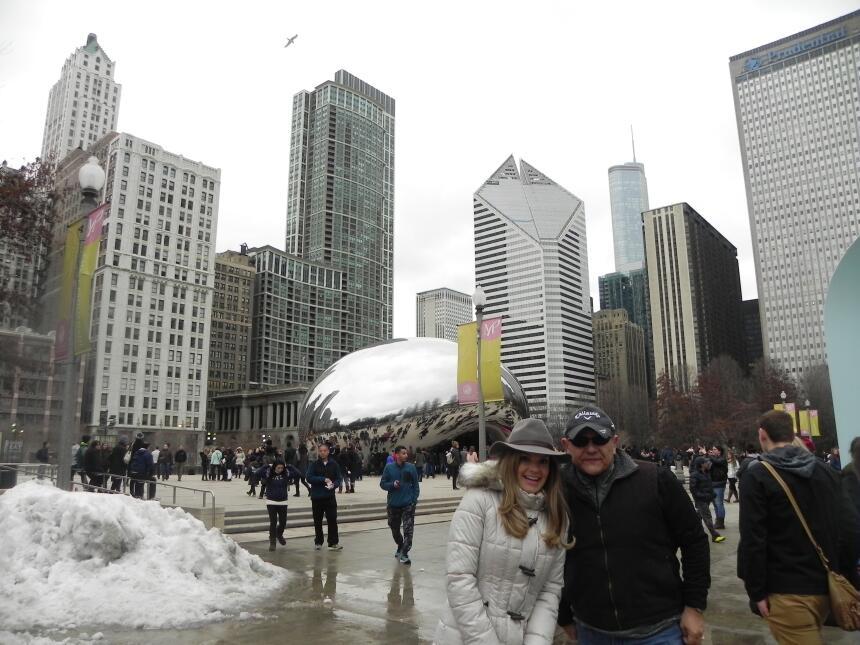 Renzo y Maria Esther visitaron la ciudad y suburbios de Chicago DSCN7425...