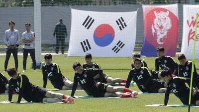 En fotos: los otros dos rivales del Tri se ven las caras, Corea del Sur y Suecia