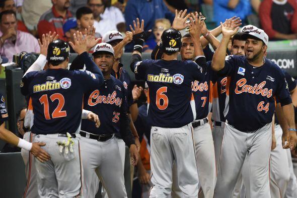 Venezuela, que saboreó su último título en Serie del Caribe en 2006, abr...