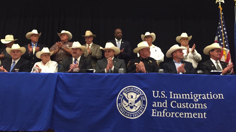 Los sheriffs tejanos que firmaron el acuerdo 287(g) este año, cel...