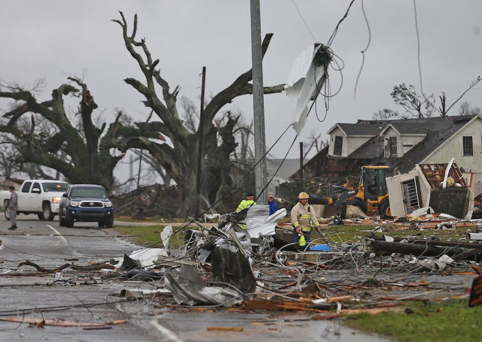 Tormentas y tornados dejan al menos tres muertos en el sur  tornado3.jpg