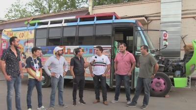Al estilo de las bandas gruperas: estos fanáticos viajaron en bus hasta Moscú para ver al Tri