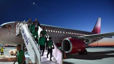 Turbina de avión donde viajaba selección de Arabia Saudita se incendió en pleno vuelo