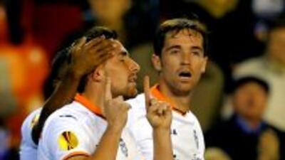 Alcácer hizo dos de los 5 goles del Valencia.
