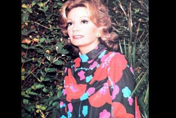 Ella nació el 21 de junio de 1929 en Santiago del Estero, Argentina