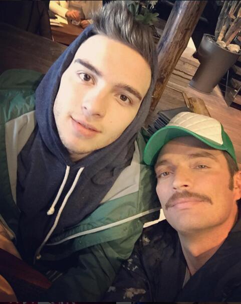 Julián Gil y su hijo