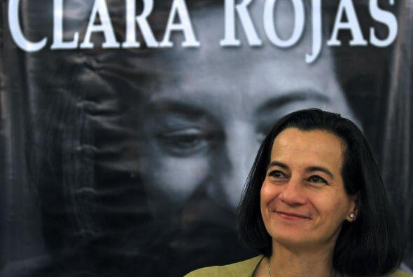 El su libro Betancourt escribió que Rojas había edido permiso a guerrill...
