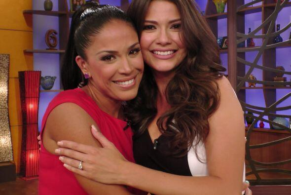 Karla fue la primera en felicitar a su amiga y está feliz de que sea par...