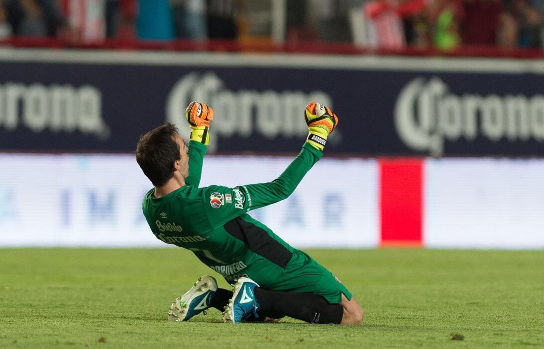 Los Rayos logran la victoria en el último minuto Marcelo Barovero.jpg
