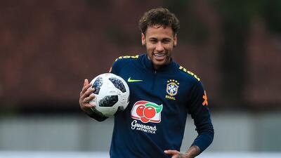 """Neymar: """"Aún no estoy al 100%, hay un recelo de hacer los movimientos"""""""