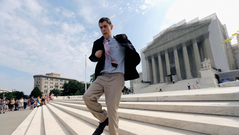 Becarios, prisas y tenis: una semana histórica en la Corte Suprema Getty...