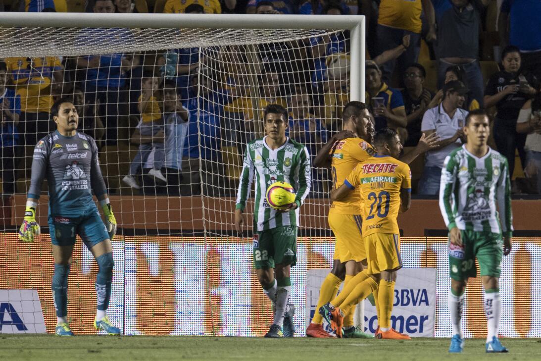 En fotos: Fiesta para los Tigres que golearon al León 20180331-9599.jpg