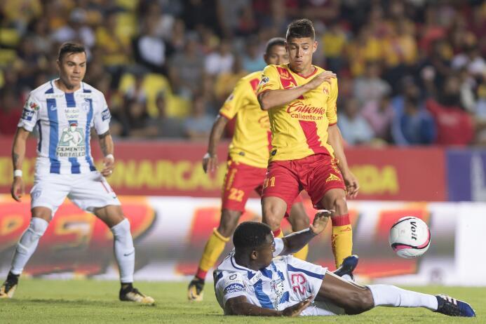 Víctor Guzmán comanda victoria de Pachuca sobre Monarcas 20170818_5242.jpg