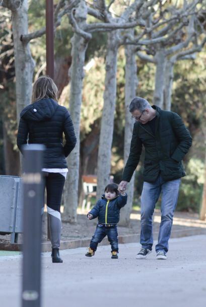 ¡Este niño pronto se echará a correr! Mira aquí los videos más chismosos.