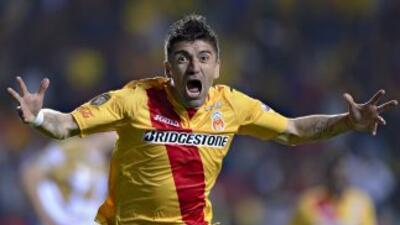 Héctor Mancilla fulminó a Pumas con un fierrazo potente en el área.