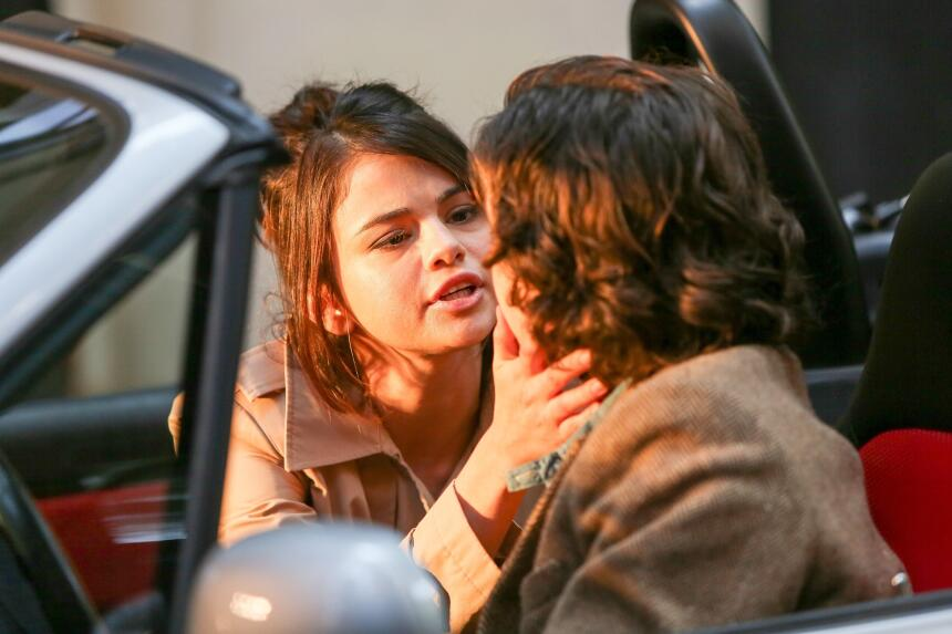 Aquí sí no queda duda de que Selena Gomez y Timothée Chalamet están actu...