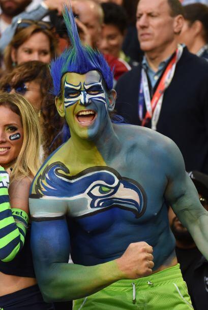 El paint body al estilo Seattle Seahawks.