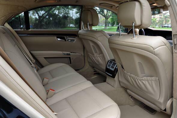 Pero sin duda, el S63 AMG es un auto que se disfruta más en la parte tra...