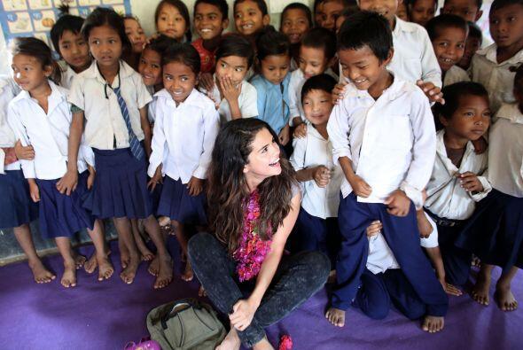La acreedora al doble disco de platino y también actriz Selena Gomez vis...