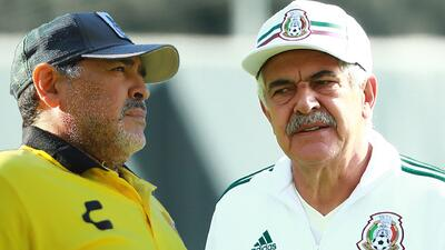 ¿Lo apoya? Ferretti opinó sobre la autocandidatura que hizo Maradona como futuro DT del Tri