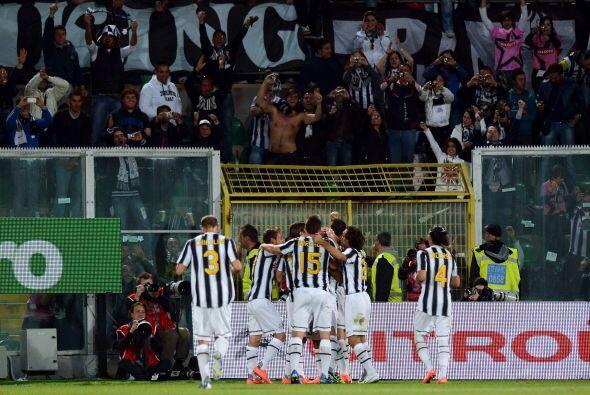 La Juventus se convirtió en el nuevo líder del Calcio, al...