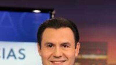 Enrique Rodriguez Univision Chicago 2013