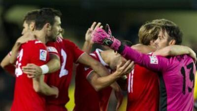 Sevilla rescató un punto en el último suspiro ante Elche.