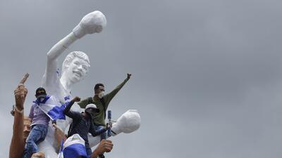 """📷 """"Fuera Ortega"""", gritan miles de nicaragüenses en una nueva marcha nacional"""