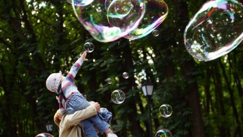 Los padres que fomentan el ejercicio diario en los niños con autismo ayu...
