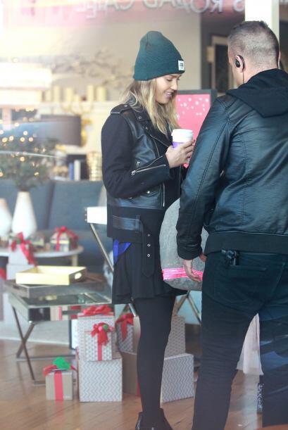 Jessica Alba está más que lista para pasar esta Navidad a lado de sus se...