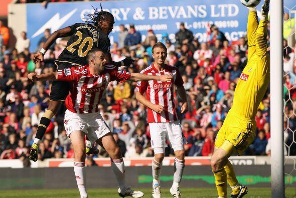 El Wigan, donde juega el colombiano Hugo Rodallega, buscaba asegurar la...